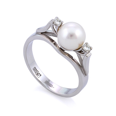 Кольцо с жемчугом и бриллиантами из белого золота 4.27 г SLV-21652b